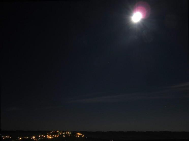 Pleine lune au dessus de Cordes sur Ciel