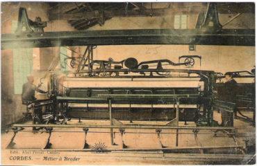 Métier à broder F. MARTINI & CO -- Musée Charles Portal -- Cordes sur Ciel