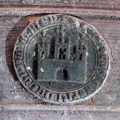 Blason de Cordes sur la cloche de 1586 - Gros plan