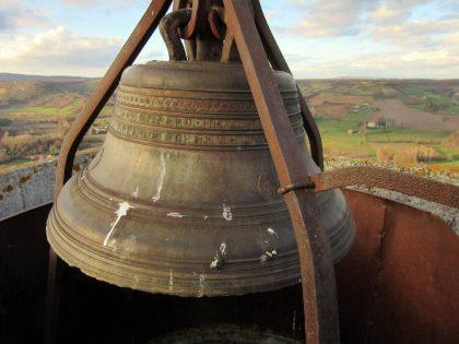 Cloche de 1832 - Tour du clocher de Cordes